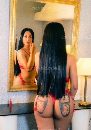 Yamena escort girl wannonce fille libertine à Tremblay-en-France